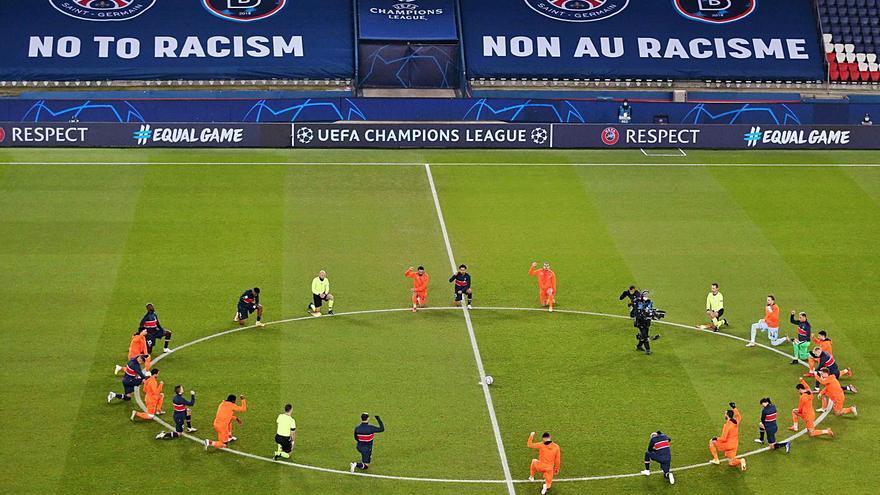 El PSG se clasifica tras un alegato contra el racismo