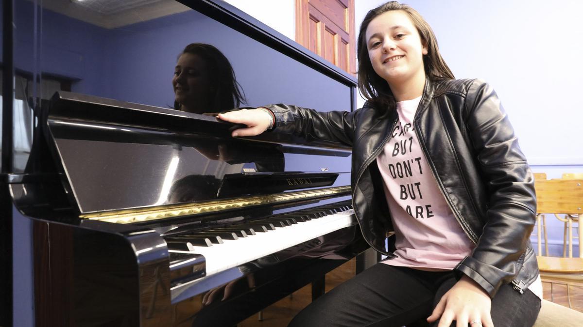 Henar Fernández Clavel, al piano.