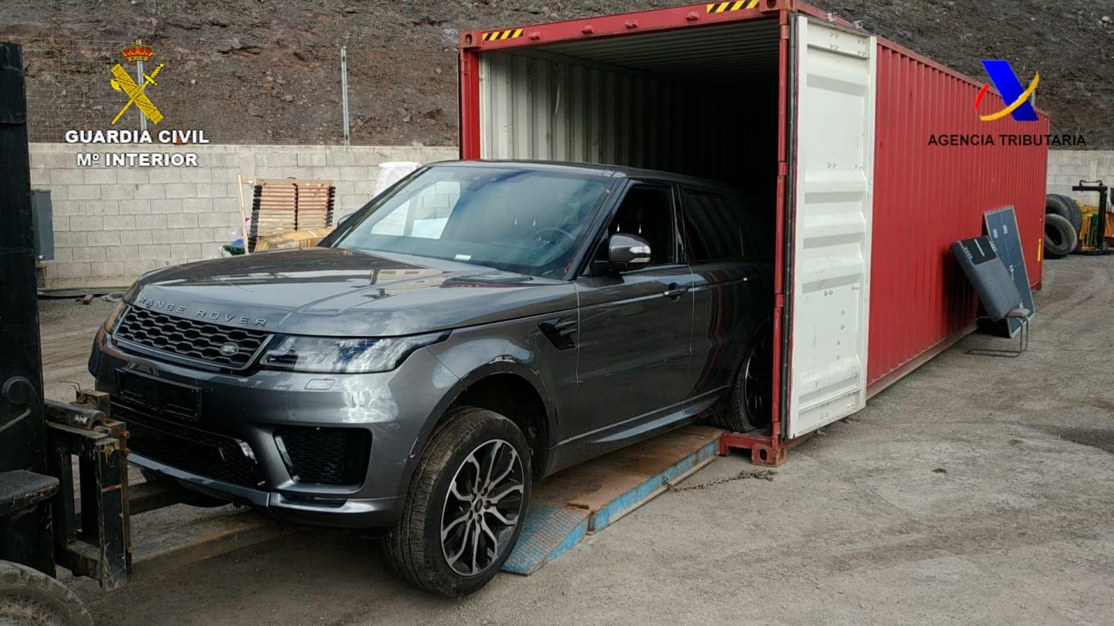 La Guardia Civil recupera en el Puerto de la Luz dos vehículos sustraídos en Alemania