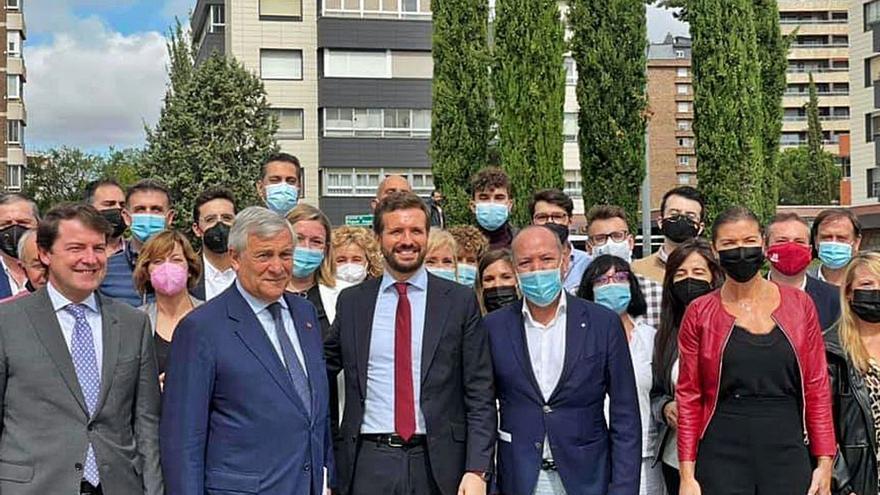 "Fernández Mañueco llama a ""romper"" con aquellos que no creen en Europa"