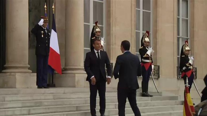 Sánchez y Macron se reúnen en el Elíseo para preparar el Consejo Europeo