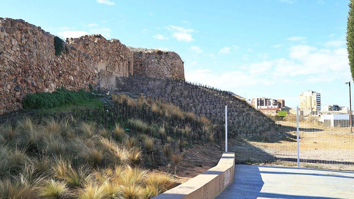 El cerro del Molinete, que la Sociedad Casco Antiguo sacará a la venta.