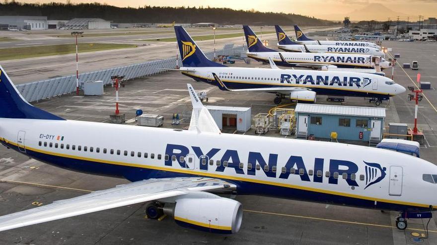 Ryanair y el Sepla acuerdan recortar un 20% los salarios