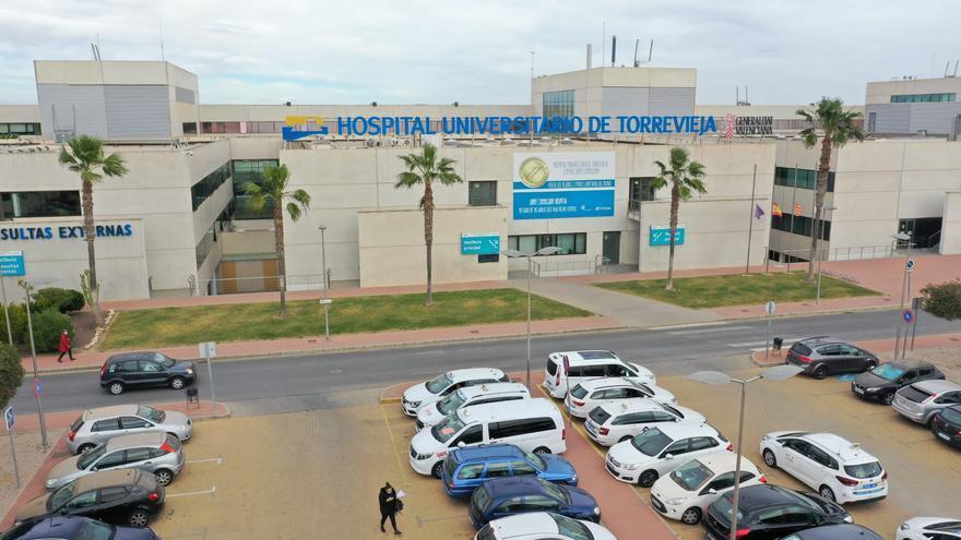 Un recurso de Ribera Salud paraliza la contratación de Sanidad del almacén nodriza y la logística del Hospital de Torrevieja