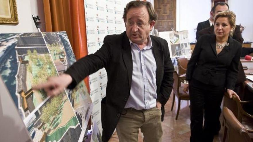 El Ayuntamiento rebaja a 190.000 euros el pago a Somoza por la obra del Castillo
