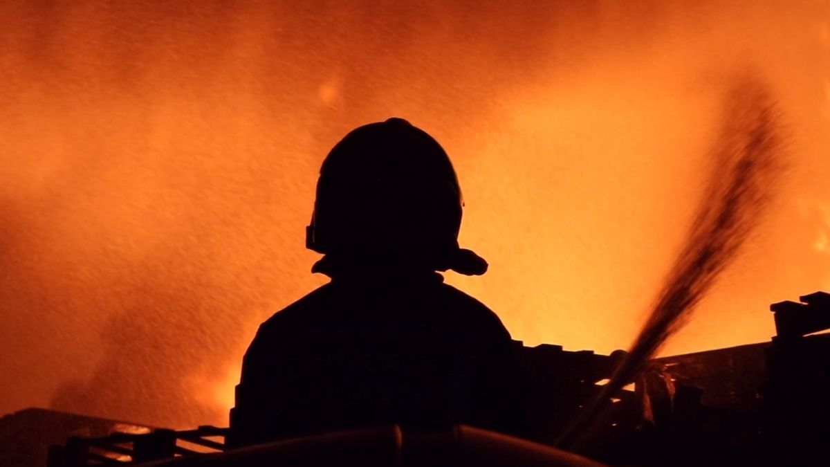Fotografía para la campaña sobre la concienciación y precaución ante los incendios de los bomberos de Alicante