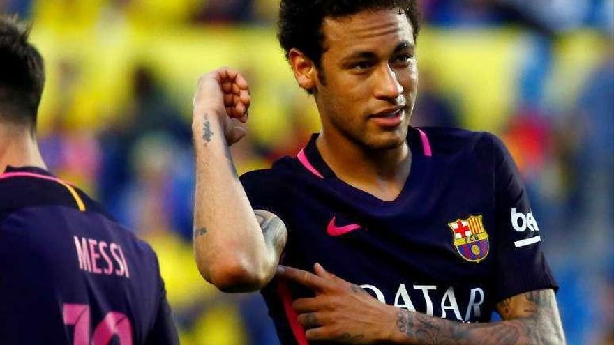 Neymar mantiene con vida al Barça