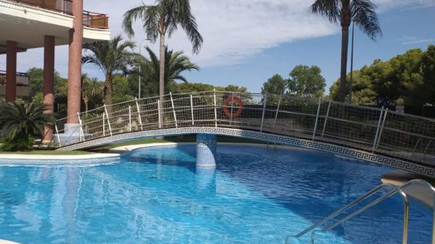 Pisos en Gandia con piscina, para elegir el baño que más te apetezca en cada momento