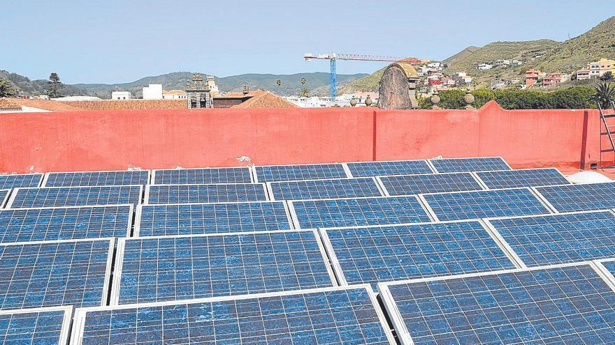 800.000 euros para poner placas solares en doce recintos públicos