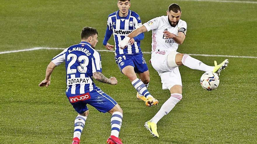 El Madrid goleja  l'Alabès després del dur sotrac de la Copa