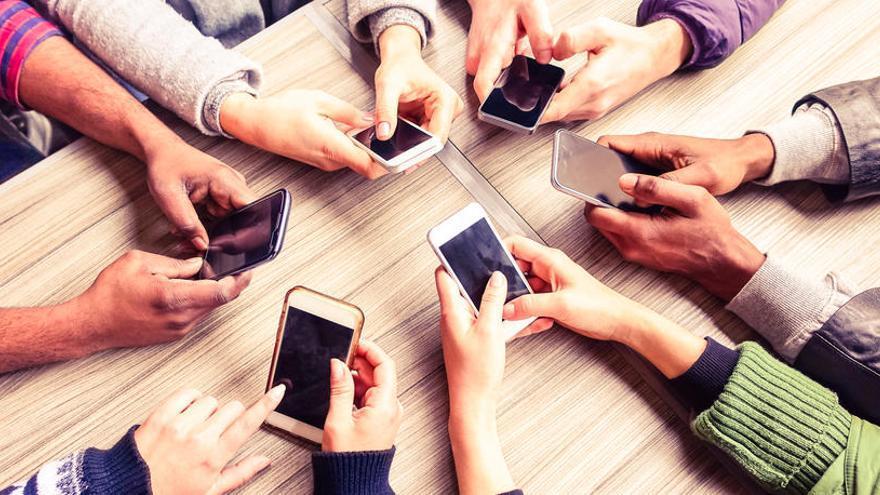 Els millors mòbils que baixaran de preu els propers mesos i seran una ganga