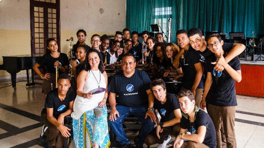 Olga Cerpa y Mestisay estrenan video junto a la Jazz Band cubana