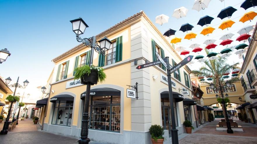 El outlet de lujo de Plaza Mayor cierra el verano con casi 2 millones de visitantes