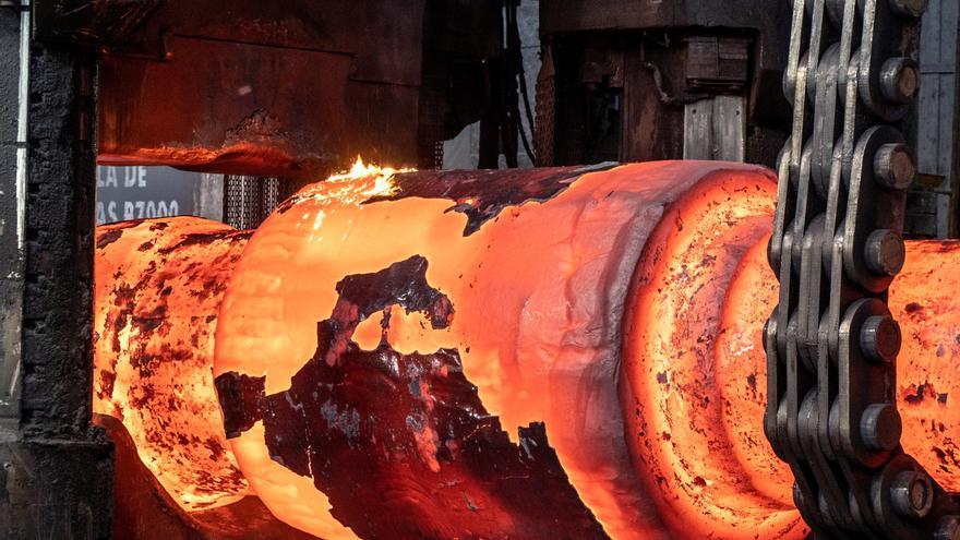 La producción industrial modera en junio su crecimiento hasta el 11,2%