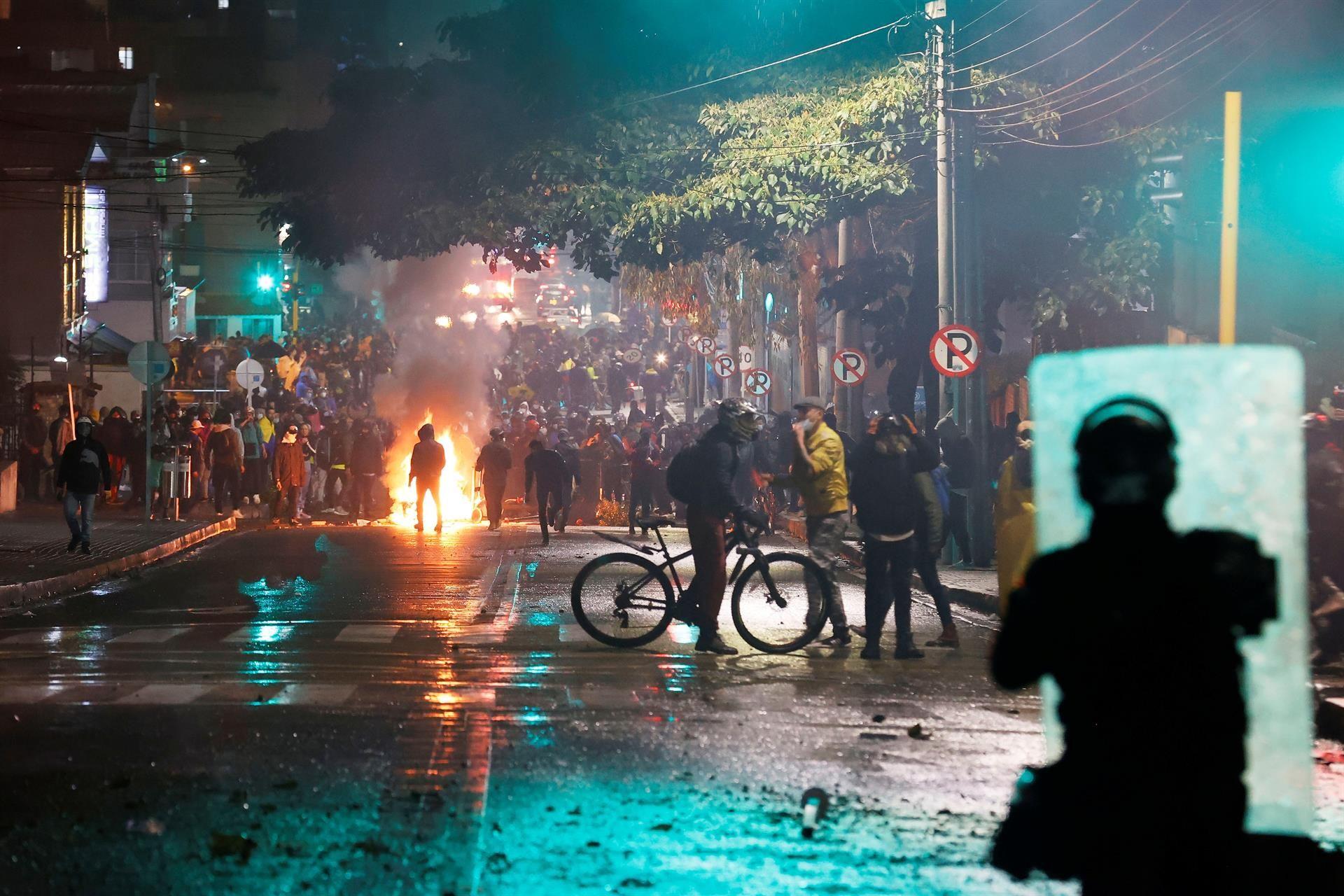 Protestas contra el proyecto de reforma tributaria en Colombia