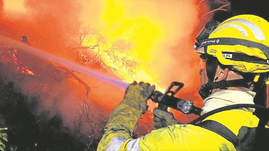 Controlan el fuego en Serra d'en Galceran