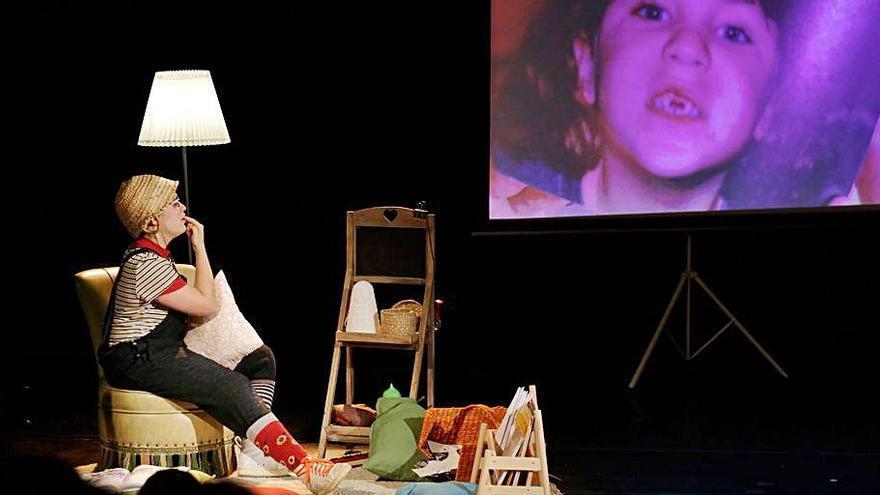El TNC i el públic escolar es retroben amb l'aplaudida «Kàtia», de Teatre Nu