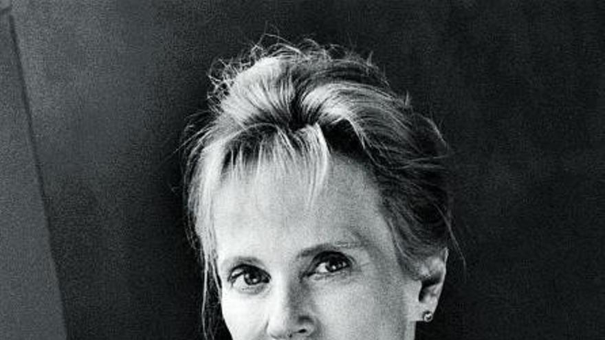 Siri Hustvedt: «A la mujer se la ha relacionado con el cuerpo y al hombre con la mente»