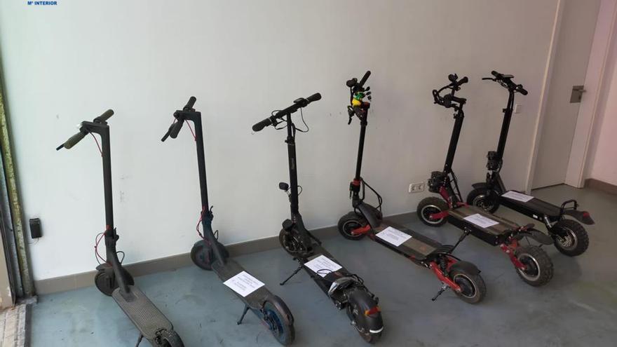 Detenido un ladrón que robaba patinetes eléctricos en Palma con la excusa de probarlos para comprarlos