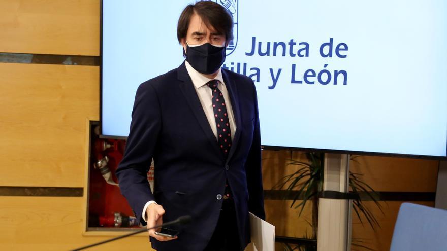 """Zamora  Quiñones pide al Gobierno que aclare la """"contradicción"""" por la protección del lobo"""