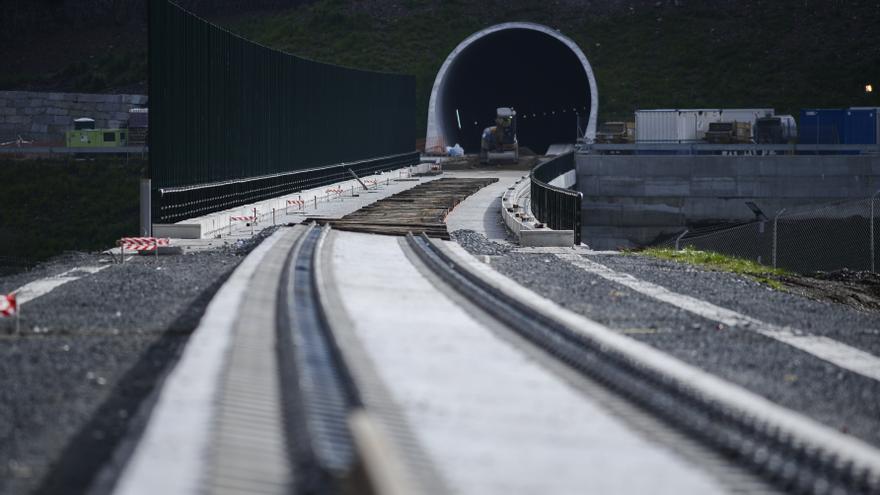 El AVE gallego no entrará en funcionamiento hasta el segundo semestre de 2021