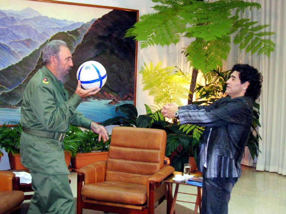 File photo of Cuban President Castro and ...