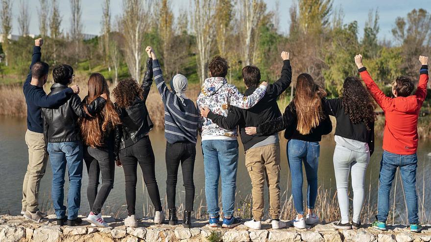 Las familias reclaman a la Generalitat que no olvide a los niños supervivientes de cáncer
