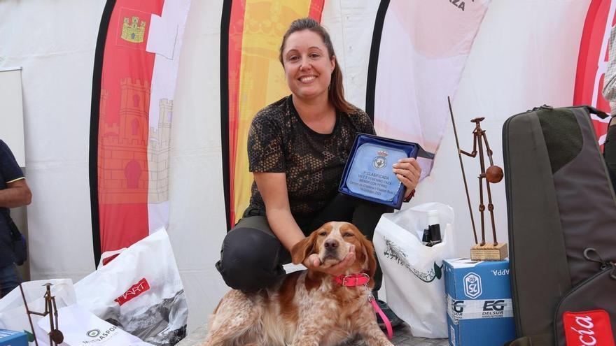 Carla Reig se proclama campeona de España de Caza Menor con Perro