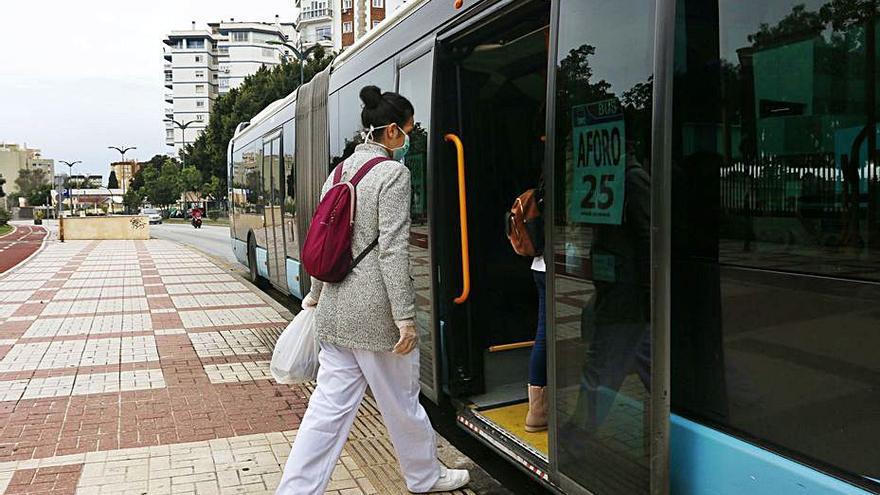 La EMT refuerza sus servicios de transporte público a la Universidad