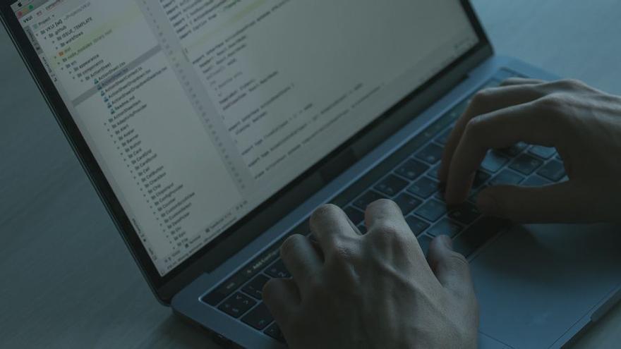 El hackeo a una empresa asturiana deja sin servicio a organismos clave de todo el país