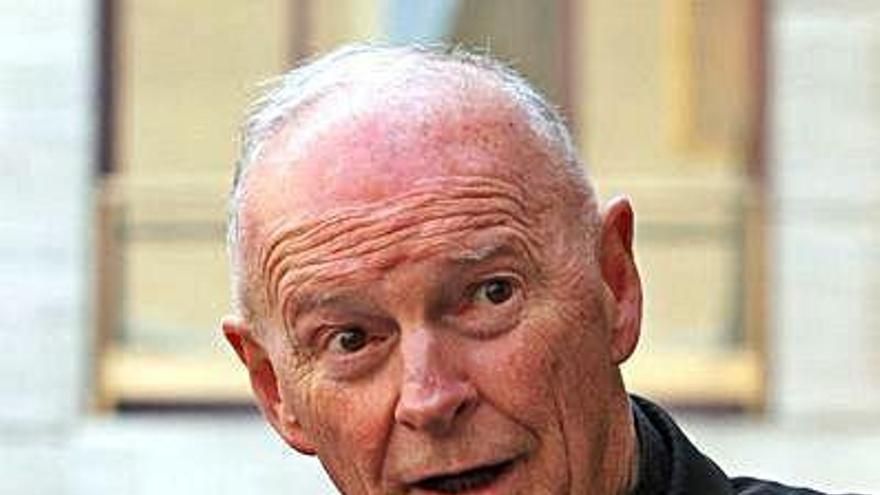 Juan Pablo II y Benedicto XVI ignoraron los abusos de un cardenal, según el Vaticano