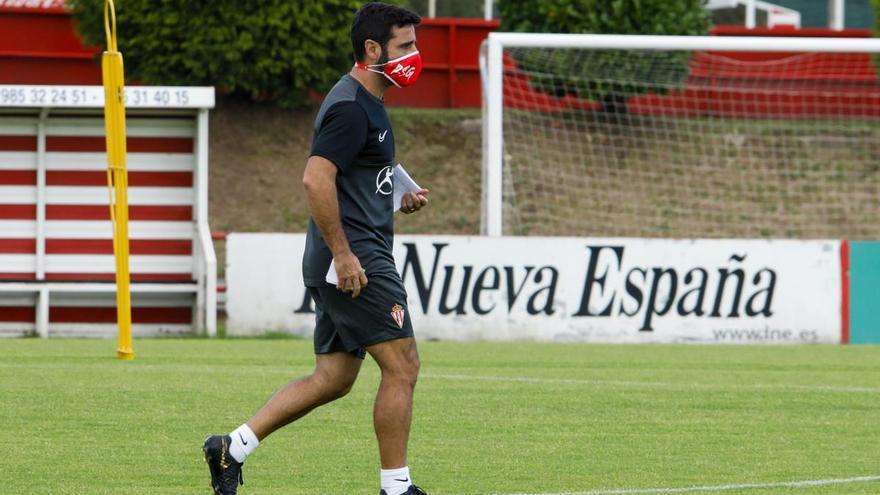 Este fue el primer once oficial de David Gallego en el Sporting