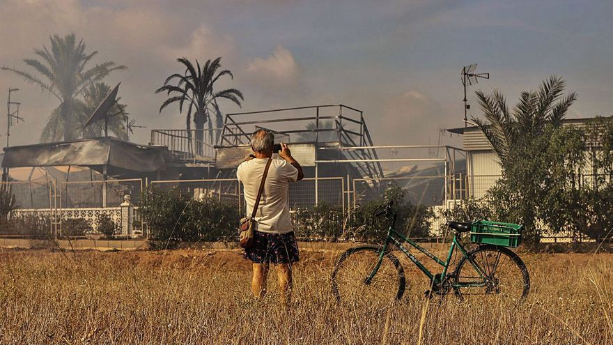 El Caravaning de La Manga se 'arma' contra los incendios
