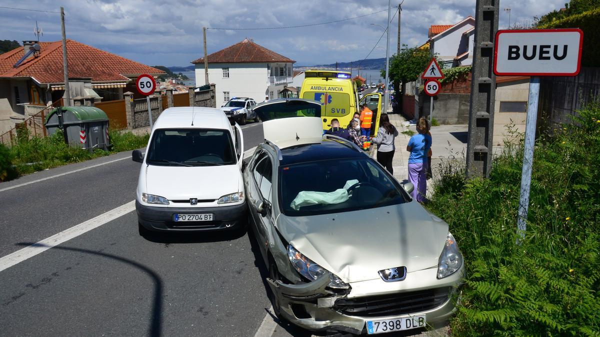 El lugar del accidente, con los dos coches implicados.