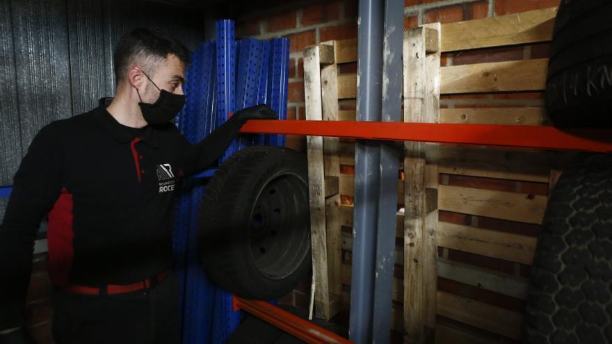 Frustran un atraco en un taller de Roces por el método del butrón