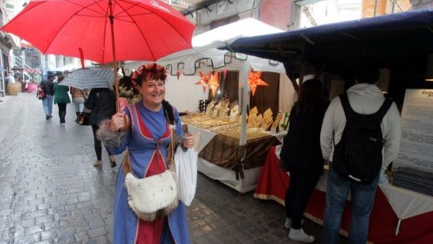 Un mercadillo artesano en el casco urbano de Cartagena sustituirá este año al medieval