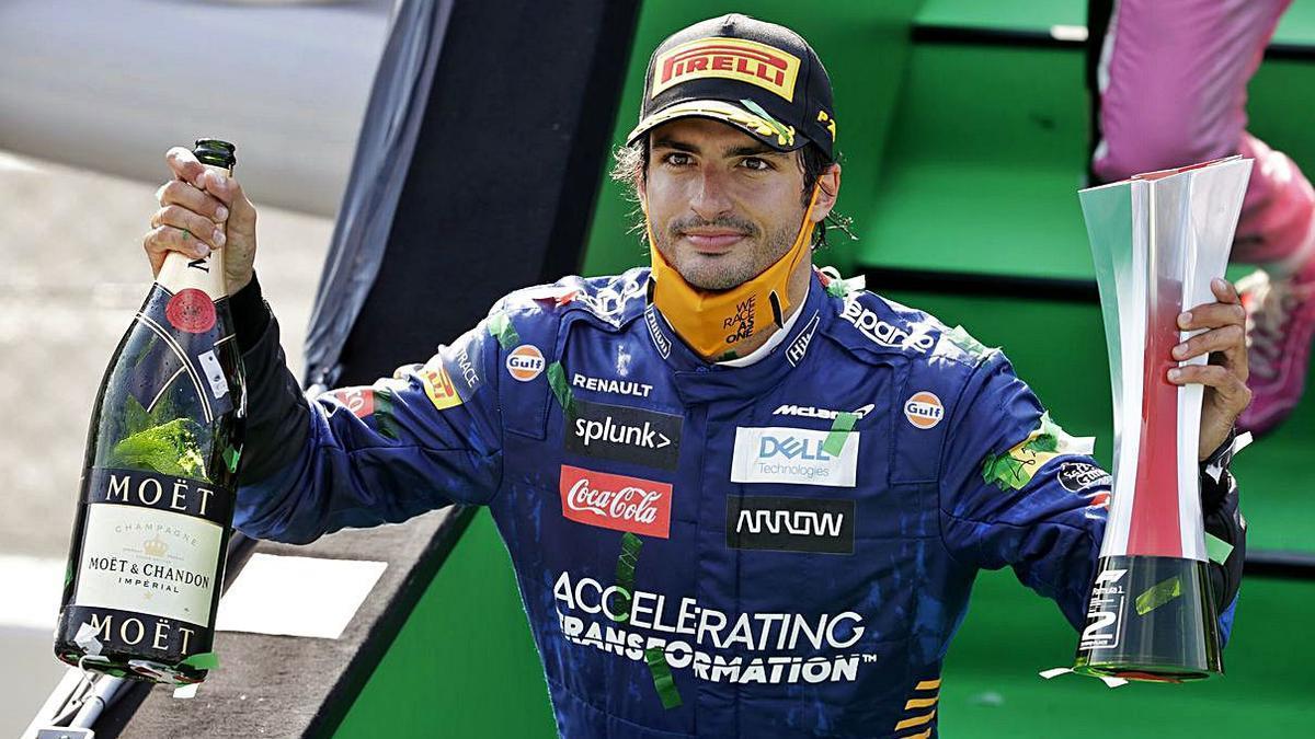 Carlos Sainz acaricia en Monza su primera victoria