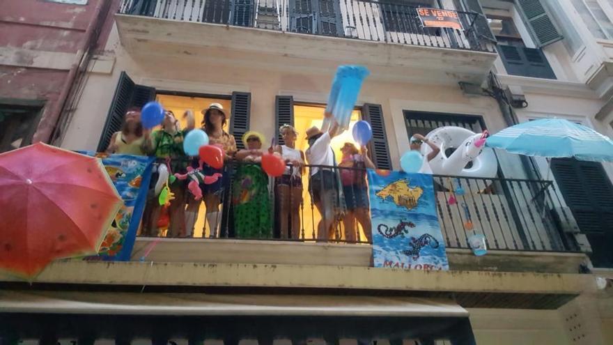Parodia sobre la masificación y el alquiler turístico en el centro de Palma
