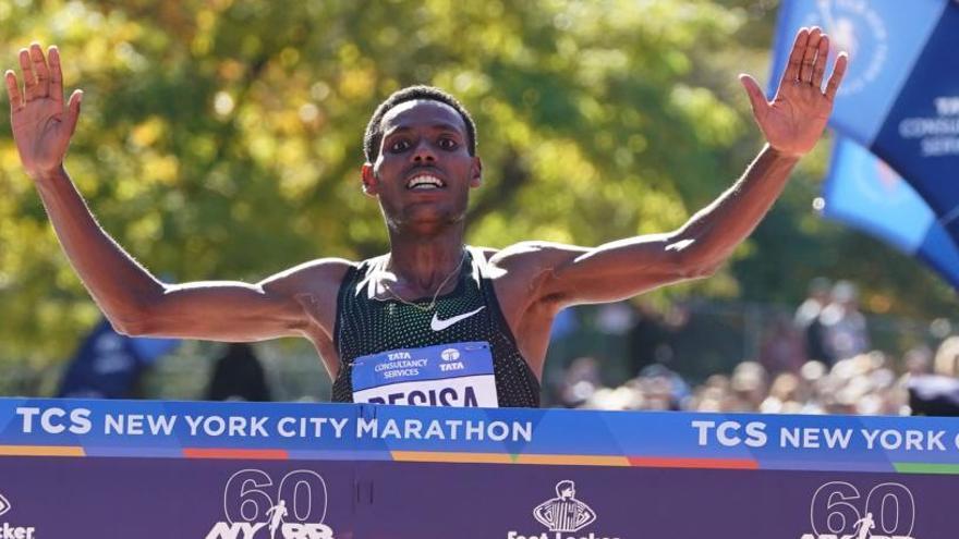 L'etíop Lelisa Desisa debuta amb victòria a la marató de Nova York