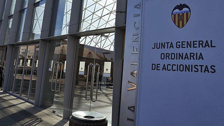 Valencia CF: Junta General sin accionistas