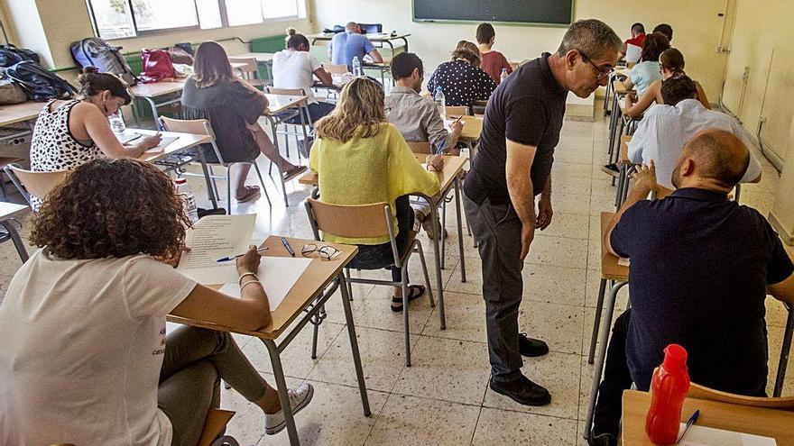 Educación ratifica aplazar las oposiciones a maestro de Primaria a 2022