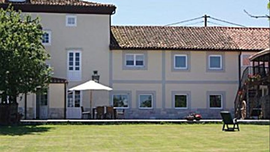2.000.000 € Venta de casa en Otras zonas de Muros del Nalón (Muros del Nalón) 445 m2, 8 habitaciones, 6 baños, 4.494 €/m2...