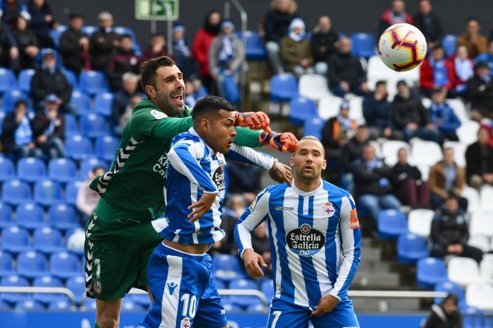 Derrota preocupante del Deportivo en Riazor en un momento decisivo de la competición.