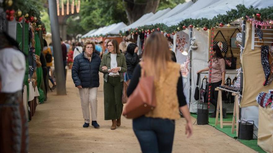 El tradicional mercadillo de La Alameda abre sus puertas