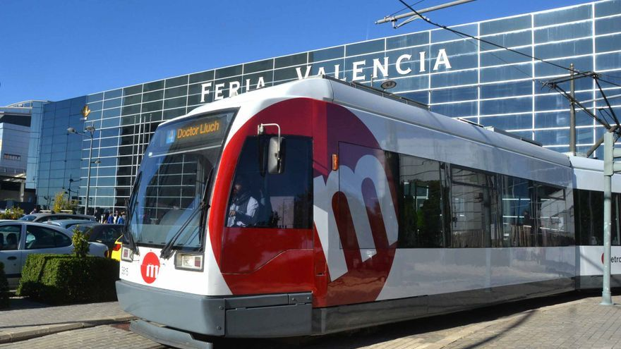 Servicio especial de tranvía a Feria Valencia por unos exámenes de valenciano para opositores