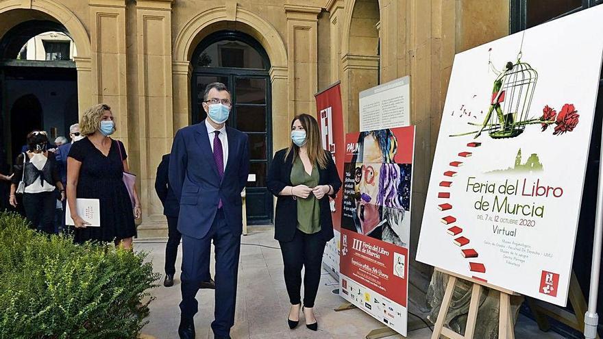 La Feria del Libro de Murcia se refugia del virus en Internet