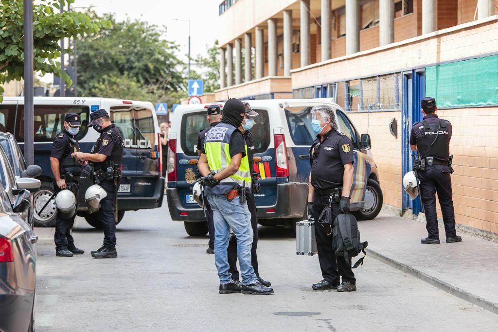 Intervención policial. Menudeo, gallos y tortugas en Ministriles, Lorca-3625.jpg