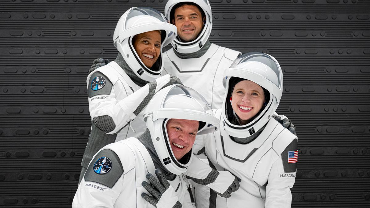 Cuatro civiles viajarán al espacio.
