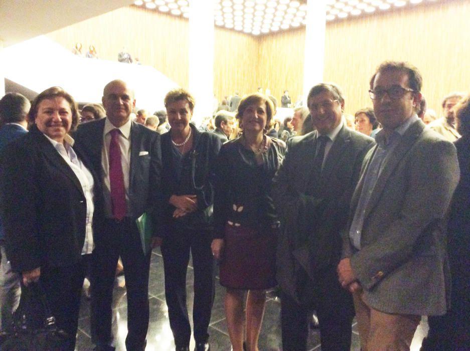 Tonia Salinas, Fernando Ramón, María Teresa Pérez, Mercedes Sánchez, Jesús Pastor y José Juan López, representantes de la UMH