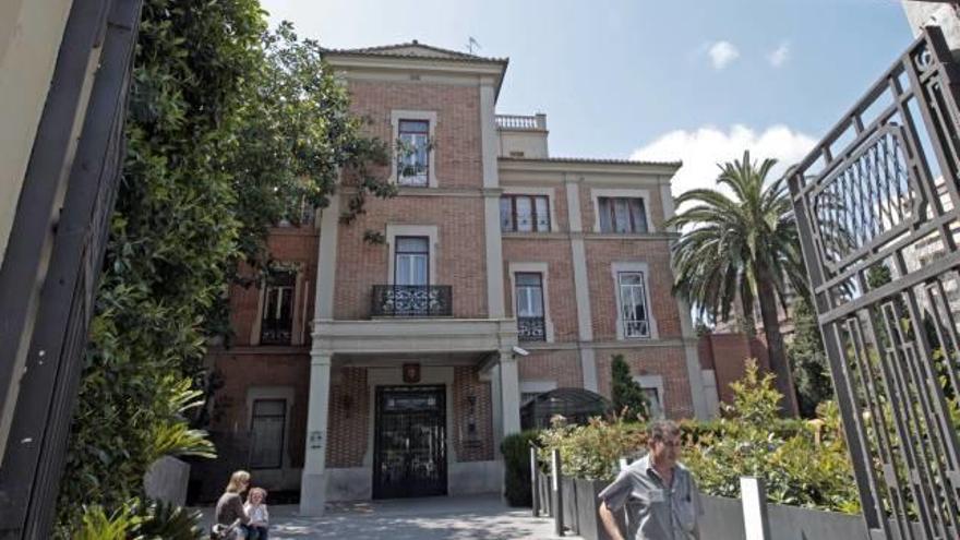 """Puig a Quirón: """"Nadie puede ir por libre"""""""